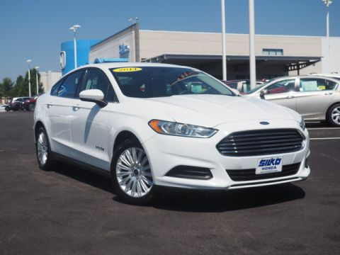 Pre-Owned 2014 Ford Fusion Hybrid S
